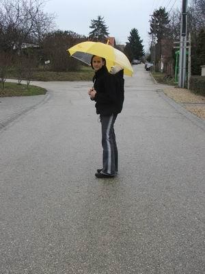 esőben, hidegben sem kell lemondanunk a hordozásról